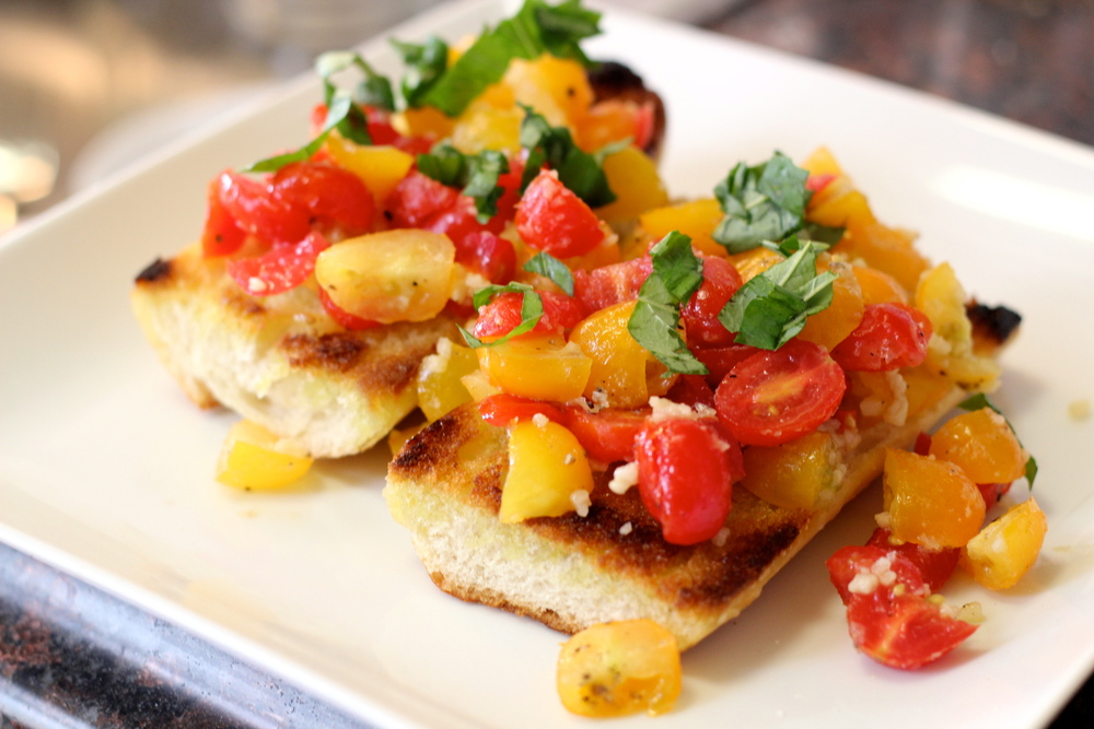[Vegan/Lent-Friendly] Bruschetta